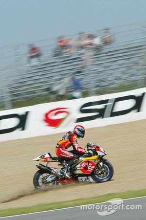 Colin Edwards, Aprilia Racing runs out