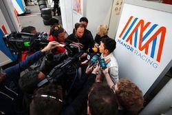 Rio Haryanto, Manor Racing con i giornalisti