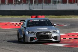 Audi RS3 LMS DSG