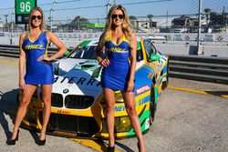 Grid girls Turner Motorsport