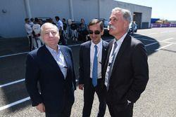 Jean Todt, presidente de FIA, Pierre Fillon, ACO Presidente y Chase Carey CEO de FOM