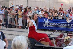 Conheça Marine Métairie, a Miss 24 Horas de Le Mans de 2017!