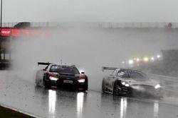 #3 Aust Motorsport, Audi R8 LMS: Markus Pommer, Kelvin van der Linde und #84 Mercedes-AMG Team HTP M