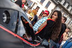 Strakka Racing kızı