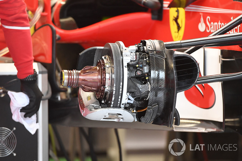Ferrari SF70-H front brake and wheel hub detail