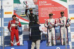 Podio GT3 gara 1, Lorenzo Veglia (Antonelli Motorsport,Lamborghini Huracan-S.GT3 #62), Kasai-Perullo