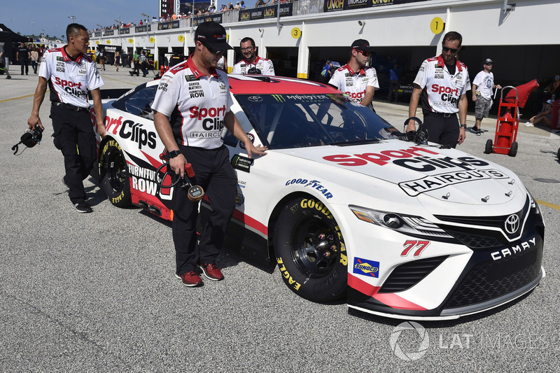Erik Jones Furniture Row Racing Toyota At Daytona Ii