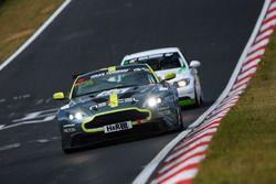 Alexander Dr. Kolb, Vincent-Alexander Kolb, Wolfgang Schuhbauer, Aston Martin Vantage GT8