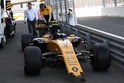 El coche chocado de Jolyon Palmer, Renault Sport F1 Team RS17