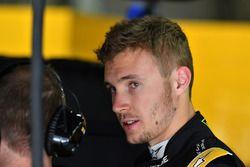Тест-пилот Renault Sport F1 Сергей Сироткин