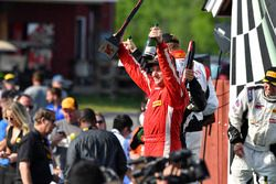 Podio: i vincitori della gara Daniel Mancinelli, Andrea Montermini, TR3 Racing, al secondo posto Michael McCann, Mike Skeen, McCann Racing, al terzo posto Michael Cooper, Jordan Taylor, Cadillac Racing