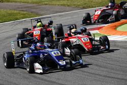 Ferdinand Habsburg, Carlin, Dallara F317 - Volkswagen; Callum Ilott, Prema Powerteam, Dallara F317 -
