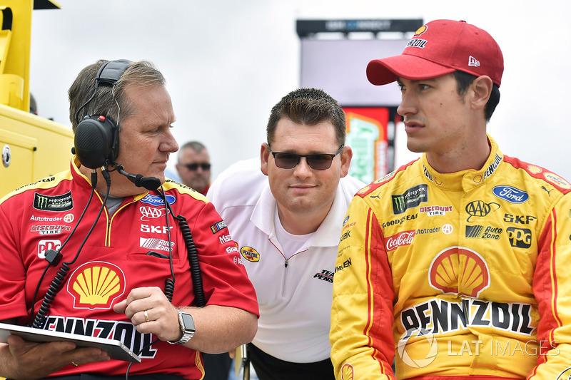 Joey Logano, Team Penske Ford, Todd Gordon