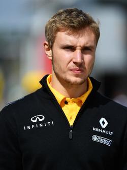 Тест-пилот Renault Sport F1 Team Сергей Сироткин