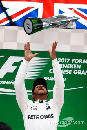 Podium: 1. Lewis Hamilton, Mercedes AMG