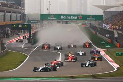 Action beim Start zum GP China in Shanghai