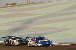 #78 KCMG, Porsche 911 RSR: Christian Ried, Wolf Henzler, Joël Camathias; #88 Proton Racing, Porsche