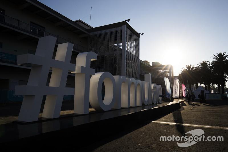 #formulae sign
