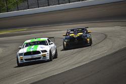 #10 TA4 Ford Mustang, JR Pesek, PF/Rennsport KC Racing, #78 TA4 Ford Mustang, Andrew Entwistle, Phoe