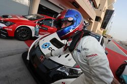 Race winner Roberto Colciago, M1RA, Honda Civic TCR