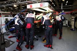#7 Toyota Gazoo Racing Toyota TS050 Hybrid: Mike Conway, Kamui Kobayashi, Jose Maria Lopez in the garage