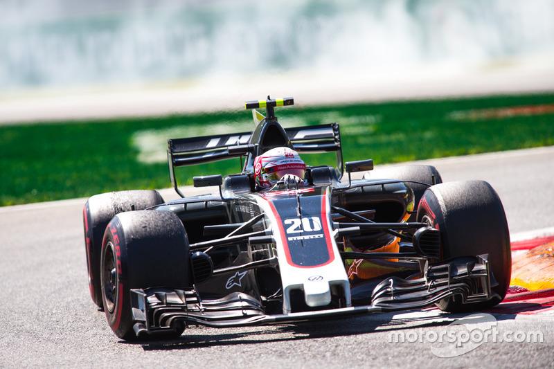 Giri 47 e 49 - Kevin Magnussen, Haas F1 Team VF-17