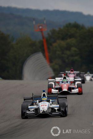 Sébastien Bourdais, Dale Coyne Racing Honda with crash damage from Josef Newgarden, Team Penske Chevrolet