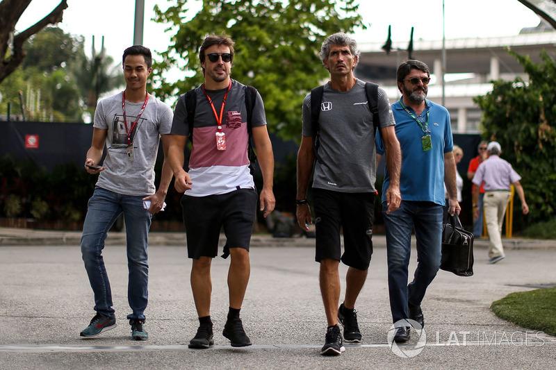 Fernando Alonso, McLaren, sein Manager Luis Garcia Abad