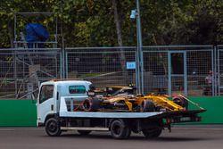 La voiture accidentée de Jolyon Palmer, Renault Sport F1 Team RS17