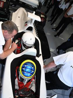 Zsolt Baumgartner, F1 Experiences, Doppelsitzer-Fahrer, Passagier Will Buxton, Moderator, NBC TV