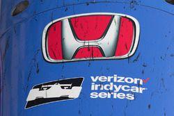 Scott Dixon, Chip Ganassi Racing Honda car nose in parc ferme
