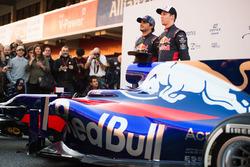 Daniil Kvyat, Carlos Sainz Jr., Scuderia Toro Rosso STR12