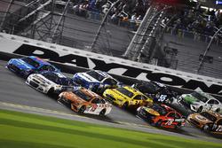 Daniel Suárez, Joe Gibbs Racing Toyota, Chris Buescher, JTG Daugherty Racing Chevrolet and Aric Almirola, Richard Petty Motorsports Ford