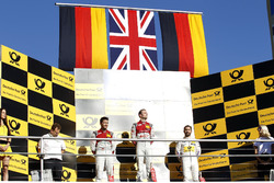 Podium: le vainqueur Jamie Green, Audi Sport Team Rosberg, Audi RS 5 DTM, le deuxième Mike Rockenfeller, Audi Sport Team Phoenix, Audi RS 5 DTM, le troisième Timo Glock, BMW Team RMG, BMW M4 DTM