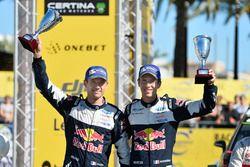 Podium : deuxième place pour Sébastien Ogier et Julien Ingrassia, Ford Fiesta WRC, M-Sport