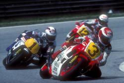 Eddie Lawson, Yamaha, et Wayne Gardner, Honda