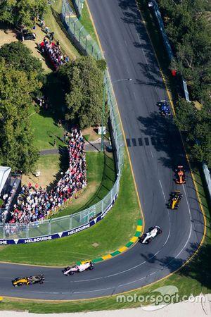 Nico Hulkenberg, Renault Sport F1 Team RS17, Esteban Ocon, Force India VJM10, Lance Stroll, Williams