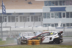 Crash, Ken Block, Hoonigan Racing Division, Ford Focus RSRX and Timo Scheider, MJP Racing Team Austria, Ford Fiesta ST