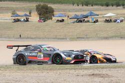 #37 Keltic Racing, McLaren 650s GT3: Anthony Quinn, Klark Quinn, Grant Denyer, Andrew Waite, #83 HTP Motorsport, Mercedes AMG GT3: Paul Dalla Lana, Pedro Lamy, Mathias Lauda, Bernd Schneider