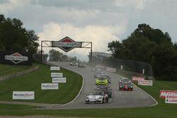 #28 RS1 Porsche Cayman GT4: Dillon Machavern, Dylan Murcott