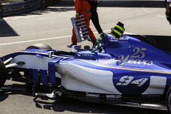 The damaged car of Pascal Wehrlein, Sauber C36
