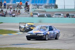 #37 MP4C Acura Integra of Herbert Gomez of Scuderia Shell Burbank, #230 FP1 Corvette Daytona Prototy