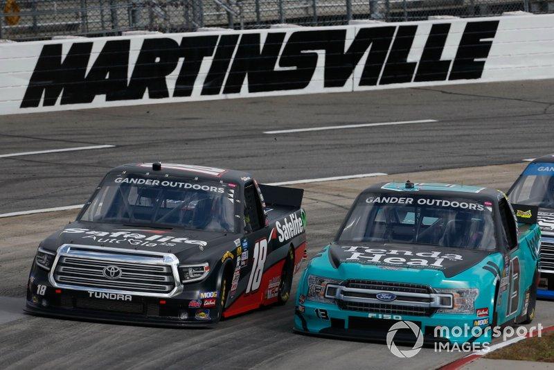 Harrison Burton, Kyle Busch Motorsports, Toyota Tundra Safelite AutoGlass Johnny Sauter, ThorSport Racing, Ford F-150 Tenda Heal