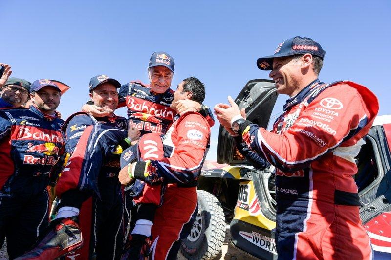 Ganador#305 JCW X-Raid Team: Carlos Sainz, #302 JCW X-Raid Team: Stephane Peterhansel, #300 Toyota Gazoo Racing: Nasser Al-Attiyah
