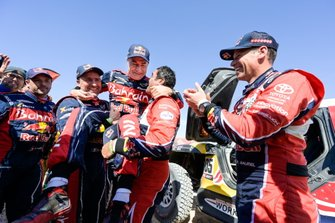 Winner #305 JCW X-Raid Team: Carlos Sainz, #302 JCW X-Raid Team: Stephane Peterhansel, #300 Toyota Gazoo Racing: Nasser Al-Attiyah