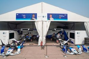 Garages of Alexander Sims, BMW I Andretti Motorsports, BMW iFE.20, Maximilian Günther, BMW I Andretti Motorsports, BMW iFE.20
