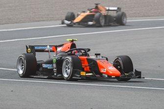 Felipe Drugovich, MP Motorsport et Jack Aitken, Campos Racing