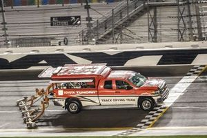 Toyota Tundra Track Drying Team on the track