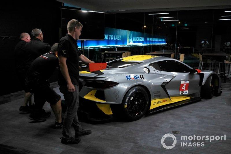 Il team Corvette team sposta la #4 Corvette Racing Corvette C7.R, GTLM 2020 per la sua introduzione nel mondo delle corse