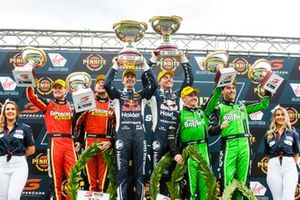 Podium: 1. Jamie Whincup, Craig Lowndes, 2. Chaz Mostert, James Moffat, 3. Lee Holdsworth, Thomas Randle